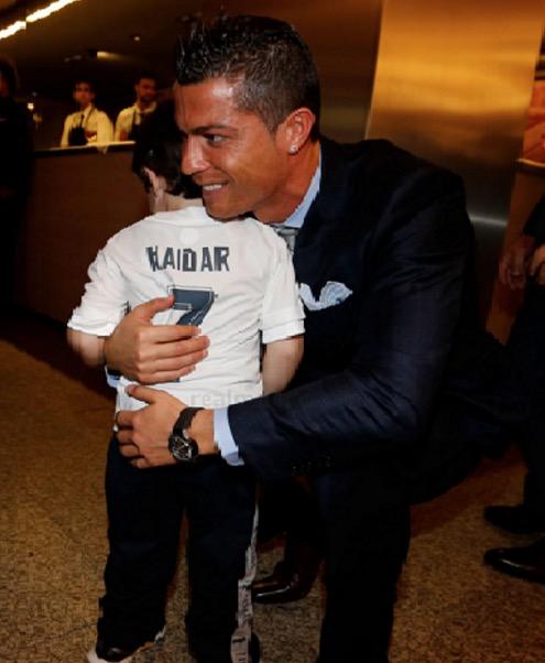 Cristiano Ronaldo tunai impian anak yatim Lubnan