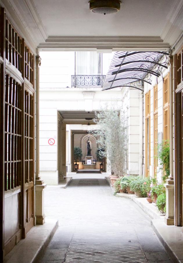 Pathway to enter Caroline De Marchi Showroom