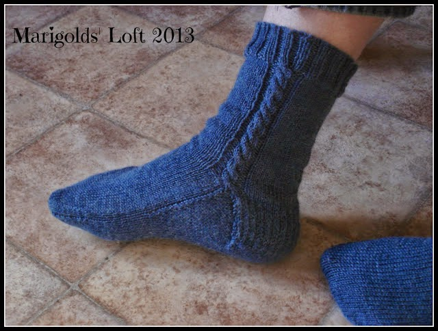 free cabled sock pattern