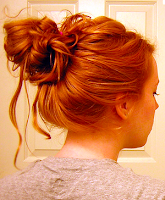 Style Athletics Cute Functional Hair Styles For the Gym Messy Bun