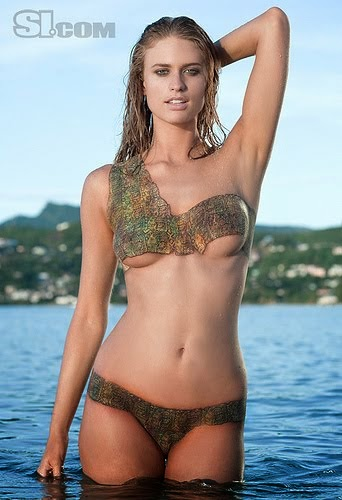 Body Painting Models Gallery: Julie Henderson in Sport ... Brooklyn Decker Texas