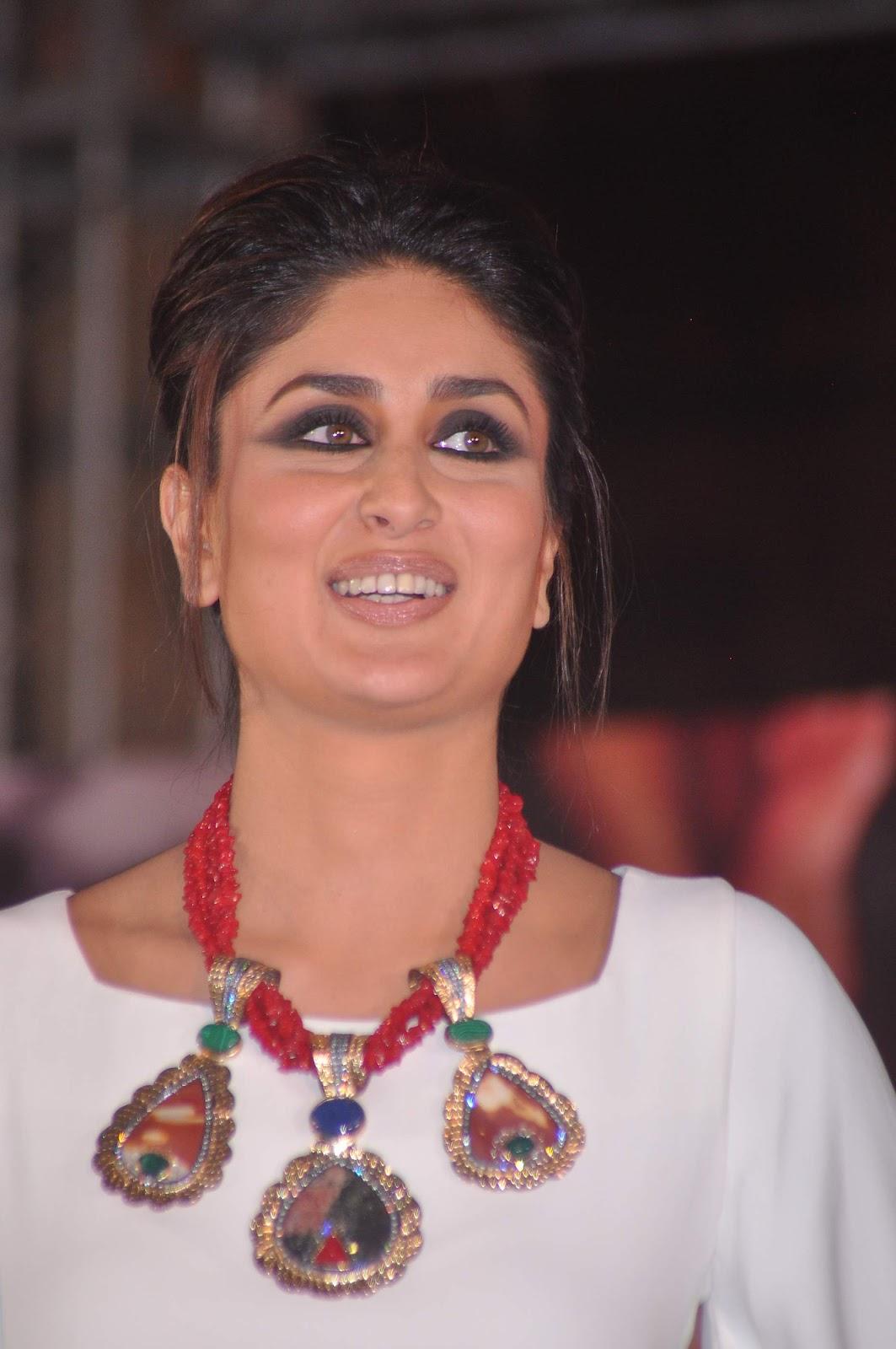 Kareena Kapoor Hot At The Launch of Jealous 21 Heroine Inspired ...