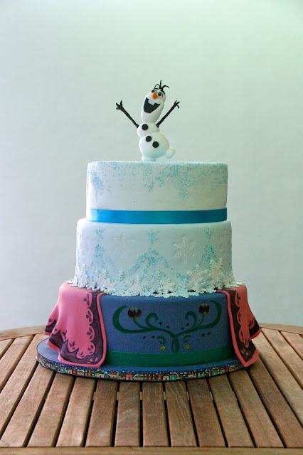 Tarta decorada amb fondant de Frozen