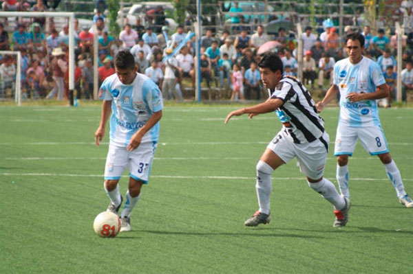 Goleó 4-1 a Oruro Royal Ciclón invencible como local en el Nacional B