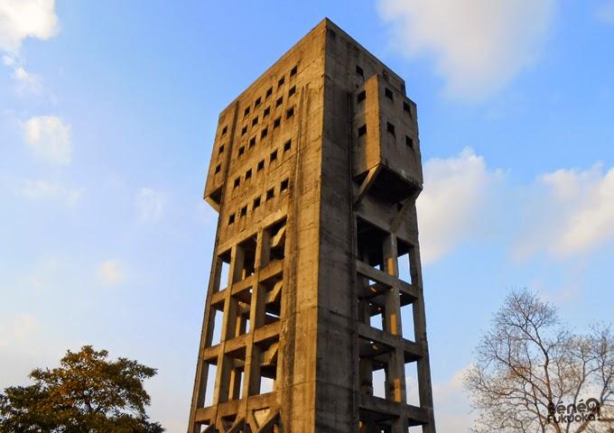Tour de la mine de Shime, forteresse anti-zombie