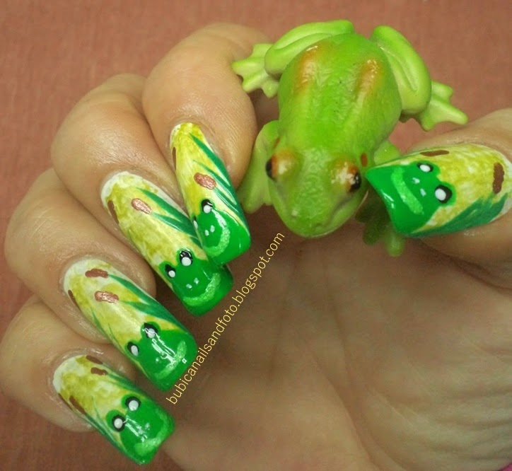 Frog Nail Art: Simple Nails: 797 Froggy Nails , Frog In Bamboo Canes Nail Art