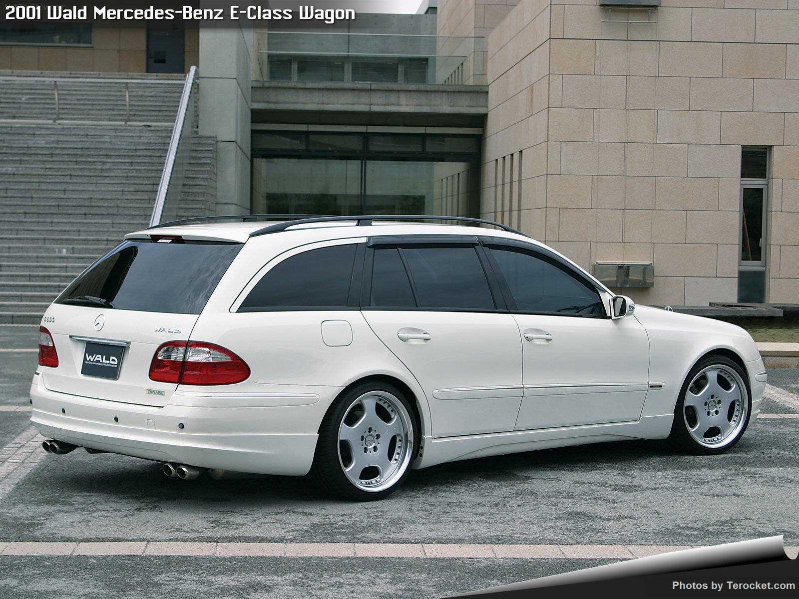 Hình ảnh xe độ Wald Mercedes-Benz E-Class Wagon 2001 & nội ngoại thất