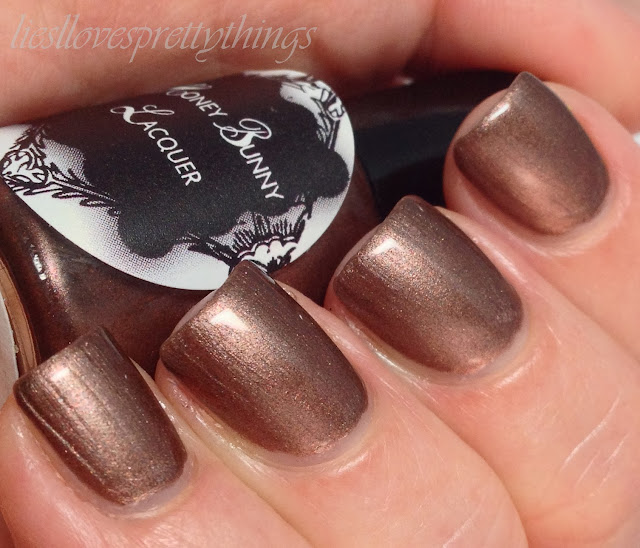 Honey Bunny Lacquer Dirt