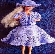http://crochetargentino.blogspot.com.es/2015/02/barbie-crochet-vestido-azul-y-sombrero.html#.VPQP1I7LJq8
