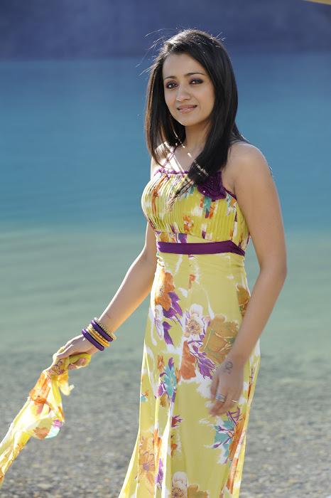 trisha in modern dress in guard hot photoshoot