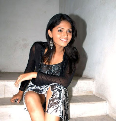 Bollywood Upskirt and oops moment photos - 2 - BOLLYWOOD