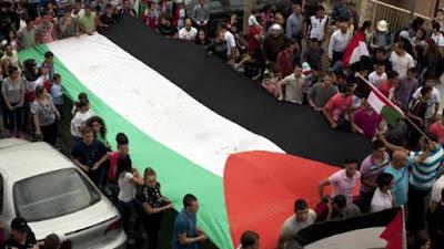 Benjamin Netanyahu condena ataque a família palestina