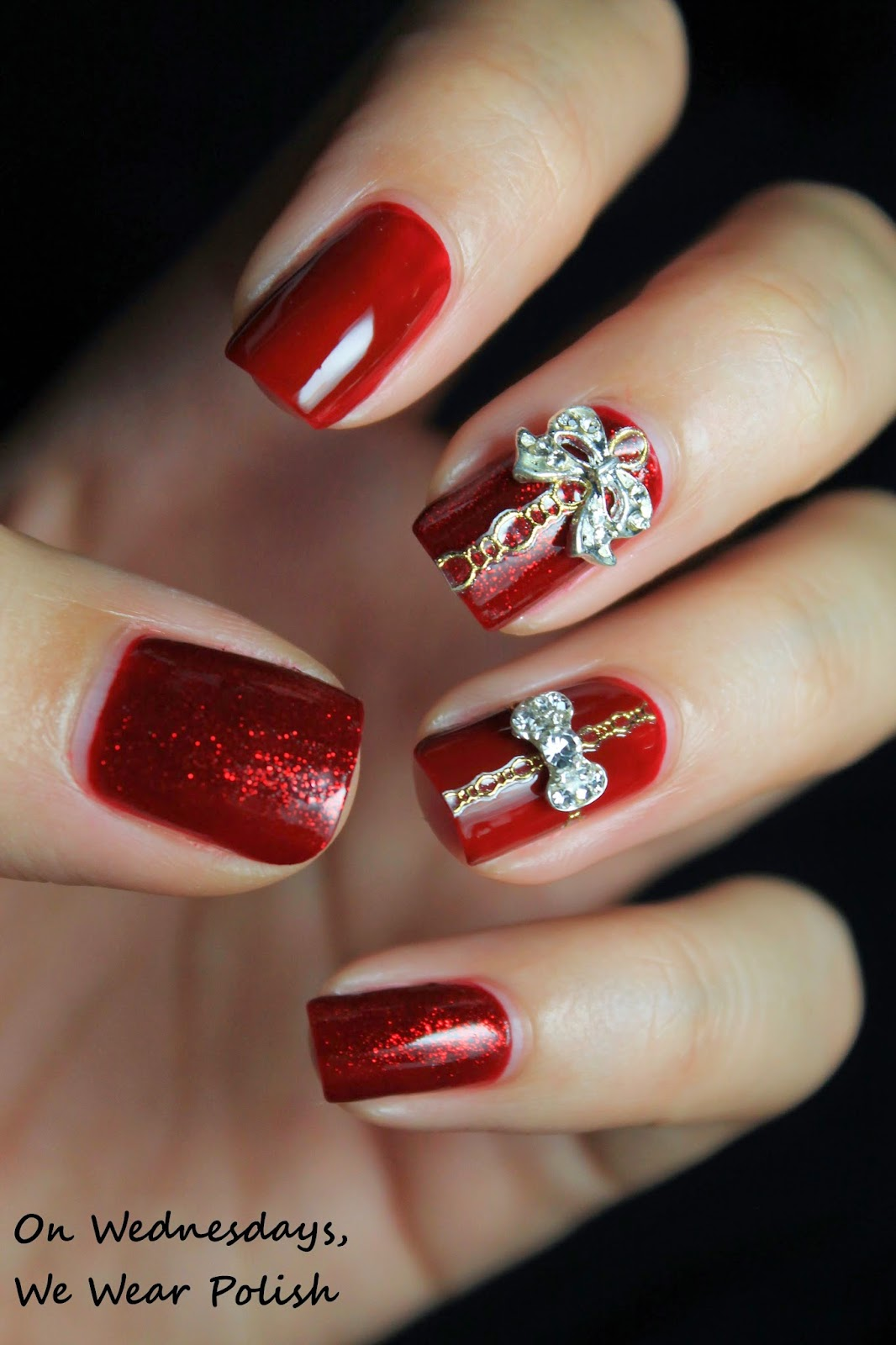 On Wednesdays, We Wear Polish : \'Tis the Season for Holiday Nail Art