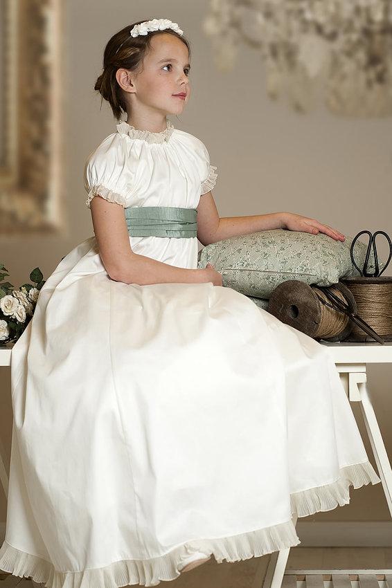 La Chica del Maletín: Primera Comunión Low Cost: Vestidos y ...