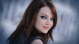Blue Eyed Emma Stone Pink Make Up HD Wallpaper
