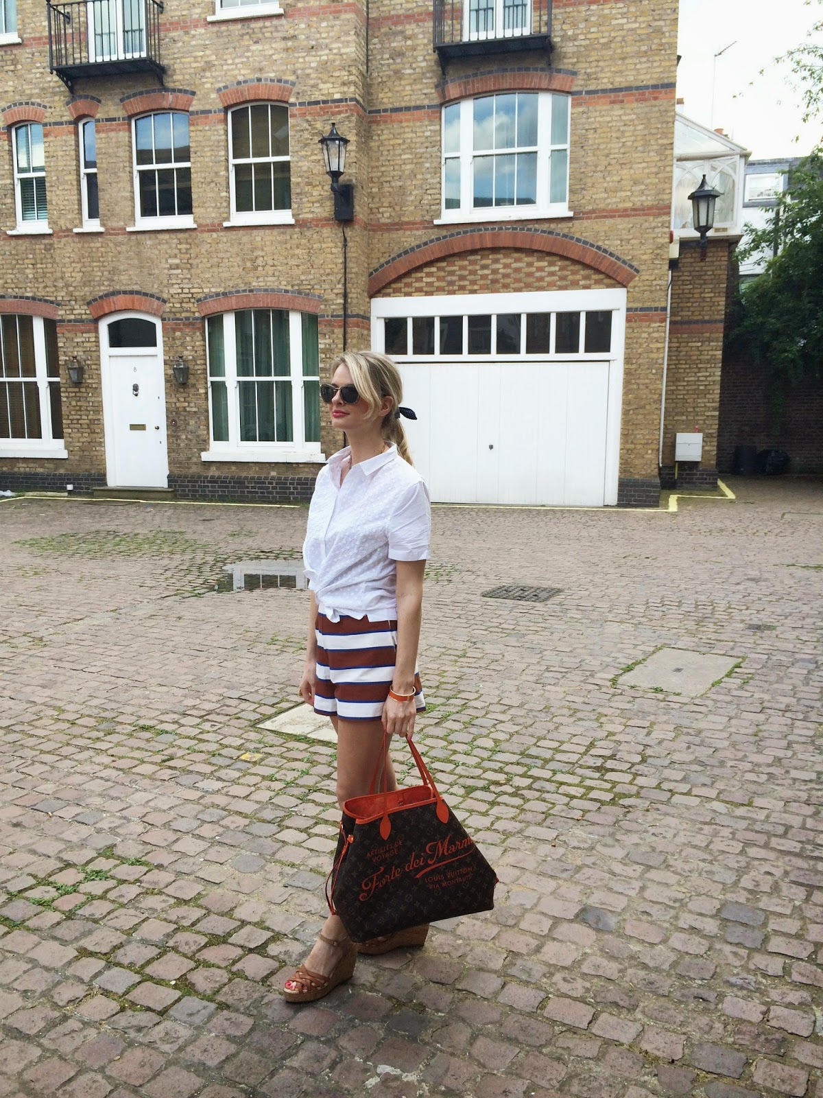 styldby, gap styldby, gap shirt, asos, asos shorts, asos trousers, gap wedge heels, gap shoes, gap sandals, wedge heel sandals, louis vuitton bag