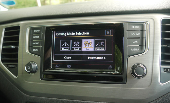 Volkswagen Golf SV driving mode options
