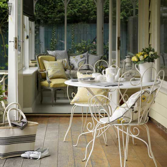 New home interior design conservatories for Conservatory dining room design ideas