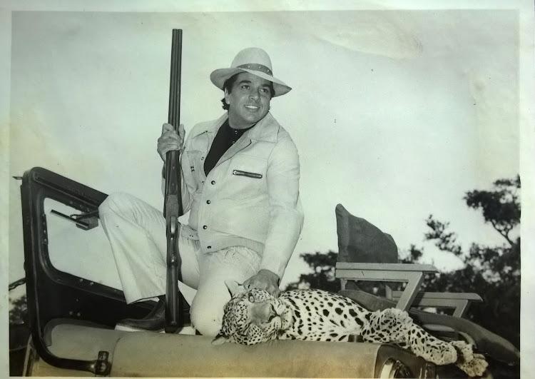 Dharmendra Hunting