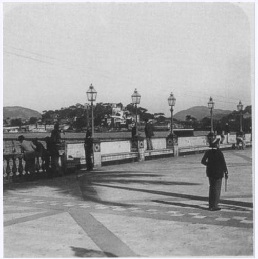 terraco jardins clinica:Terraço. Observe o piso e a armurada decorados, 1890
