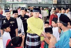 Tingkahlaku Ketua Agama Islam Kaki Arak Yang Kita Doakan Setiap Jumaat