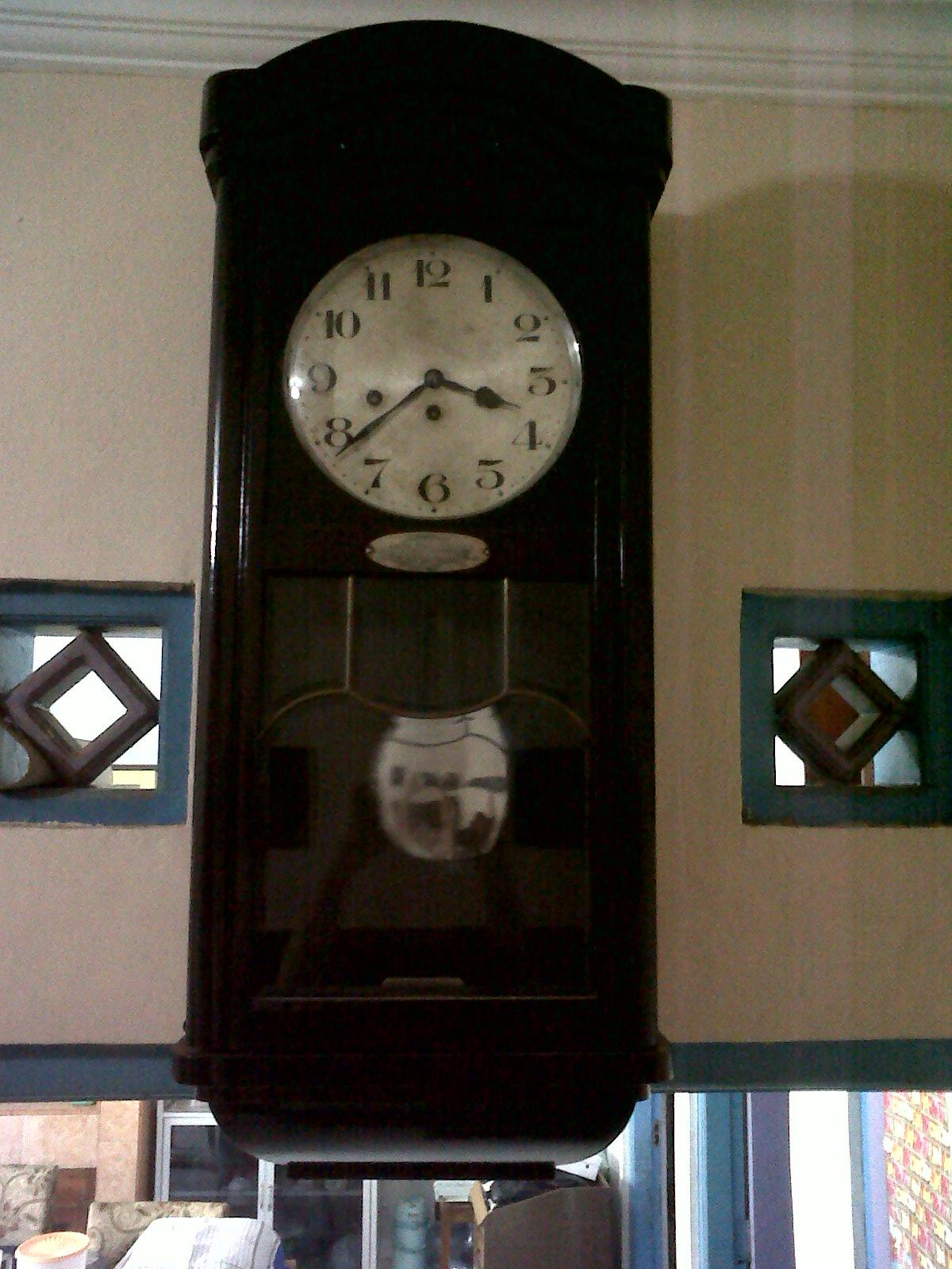 Selamat Datang Di Tonys Antiques Jam Dinding Junghans 2