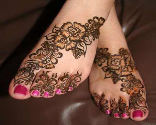 Women Feet Mehndi Designs Girls Latest Foot Mehndi Trends