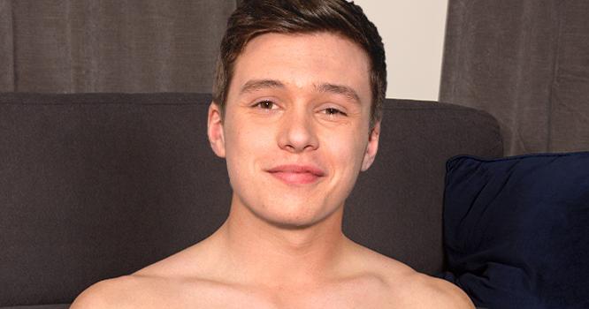 Male Celeb Fakes: Nick Robinson