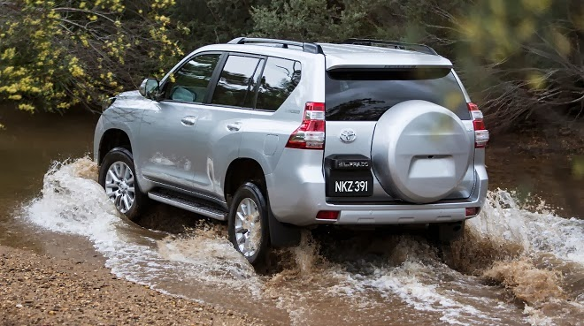 thiet ke noi that toyota land cruiser prado 2014