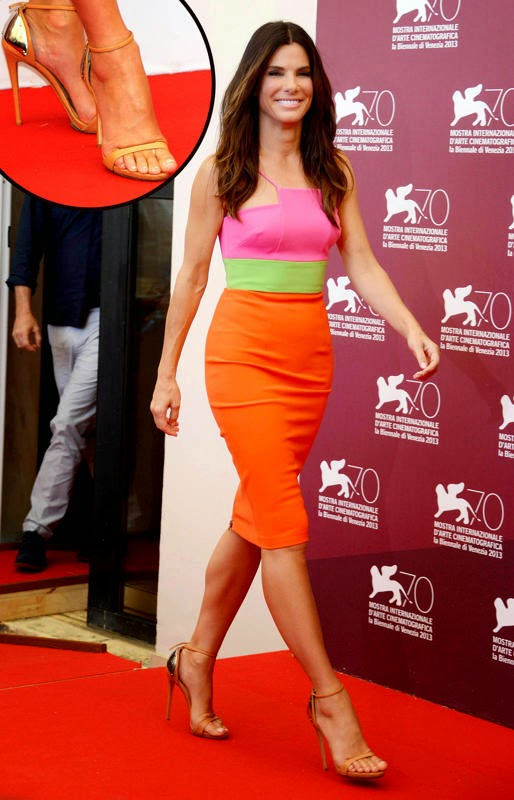 Sandra Bullock Wearing a color-blocked Alex Perry frock