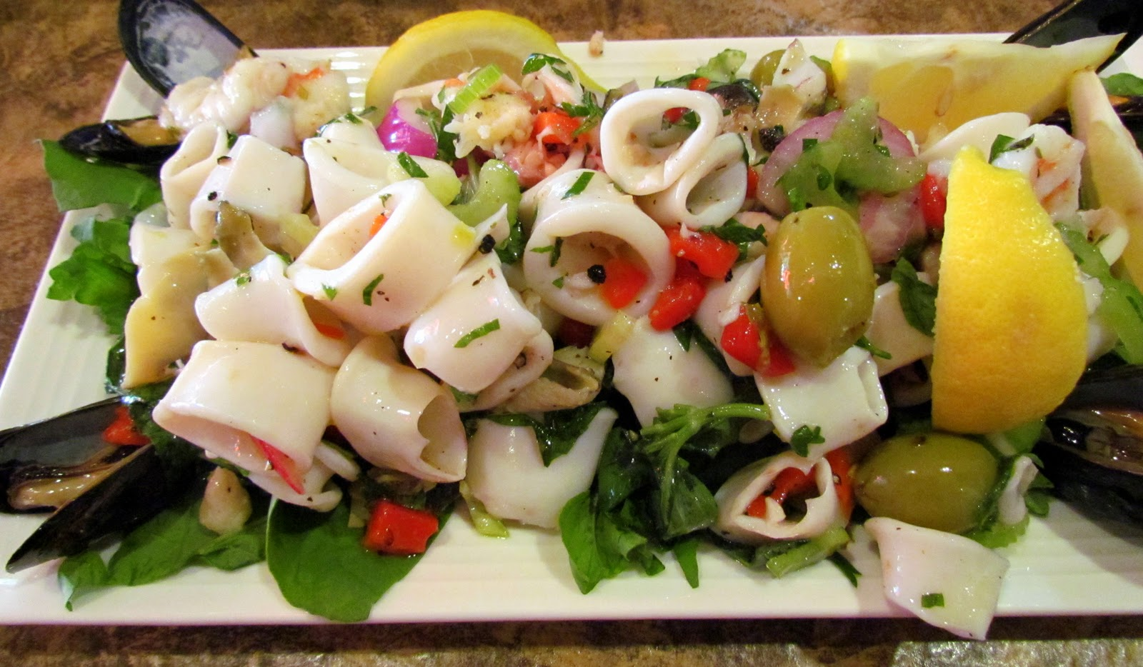 Salads with squids. Delicious recipes for festive salads 58