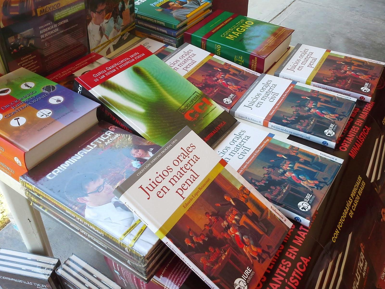 Exposición en libros área Derecho