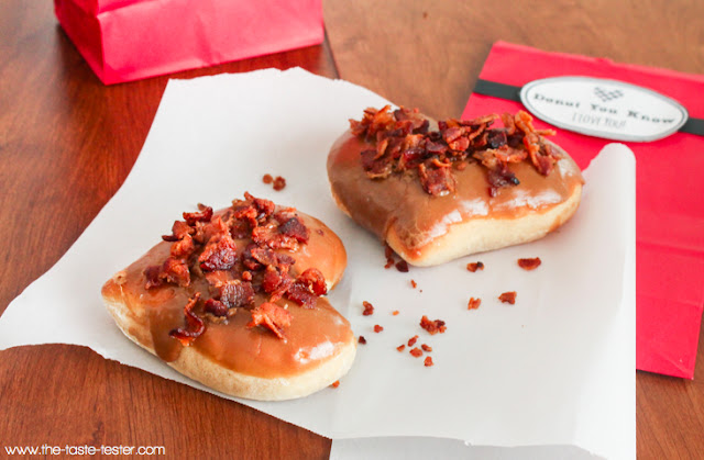 Maple Bacon Donuts--- A Valentine's Gift. There's truly nothing better than expressing your love with bacon. #gift #valentines #recipe