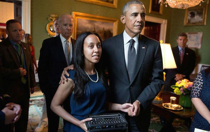 http://3.bp.blogspot.com/-hLJZ_pZNm_4/Vk-XplUU_ZI/AAAAAAAAN6Y/1gxUGS_LMzA/s1600/obama-haben-posing.jpg