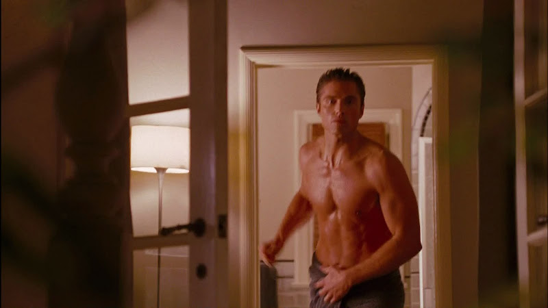 Eric Winter Shirtless in The Ugly Truth