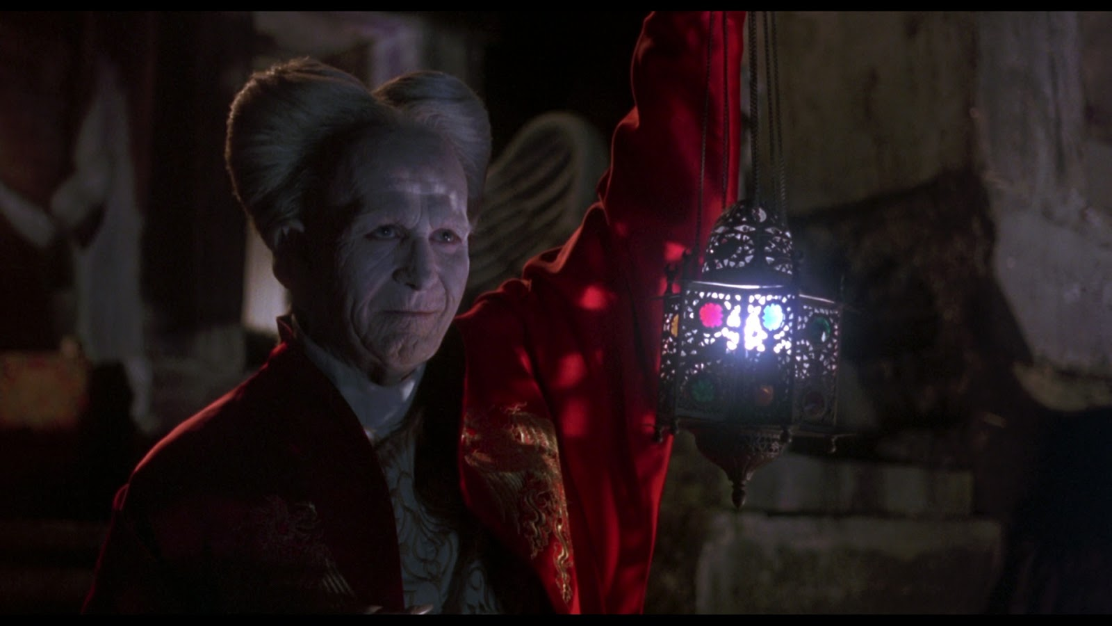 bram stoker s dracula The story of dracula is a tale that has been told for generations the story of a  terrible misfortune and a complete fall from grace the 1992 film is in keeping  with.