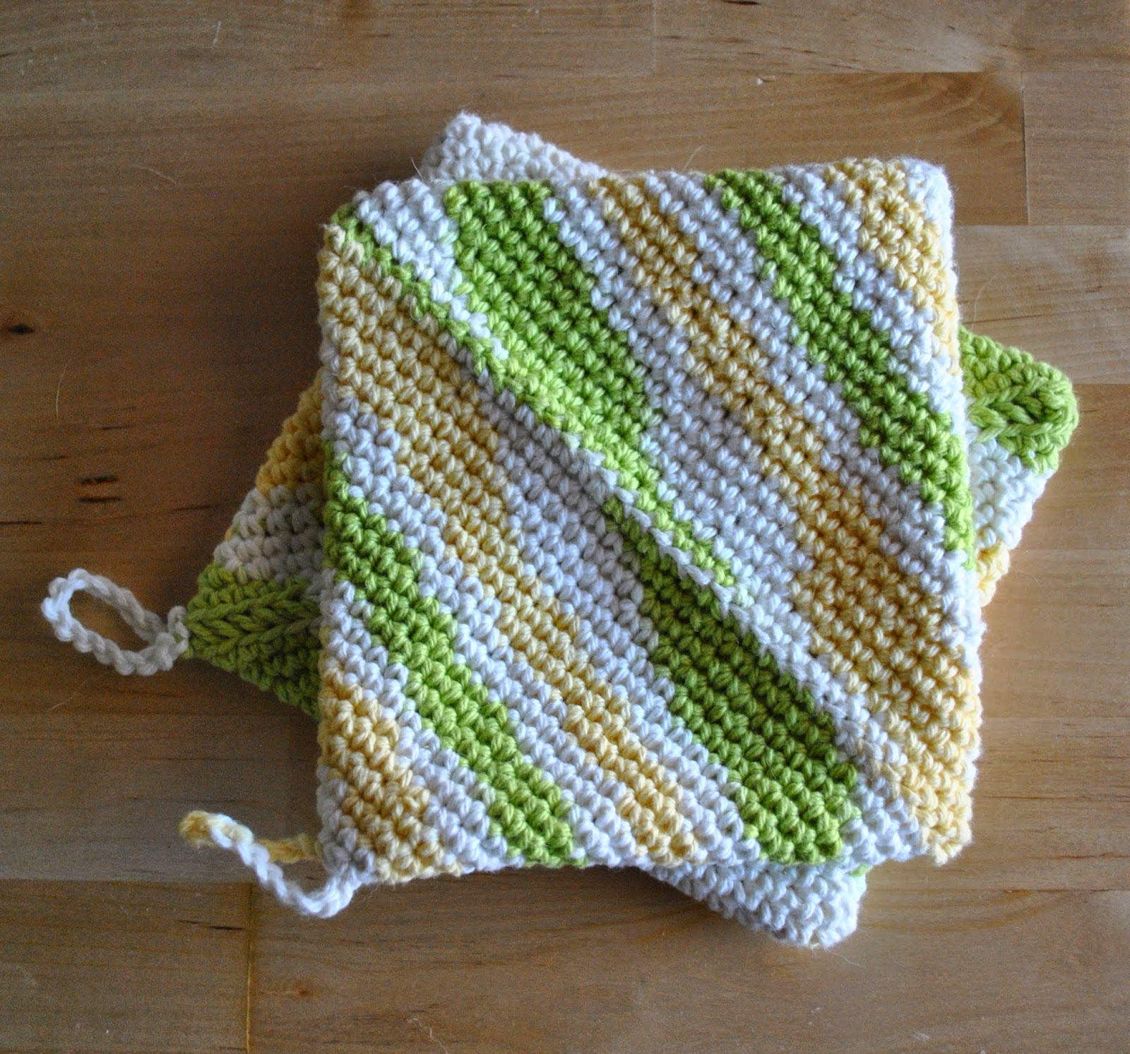 finished crochet cotton pot holders