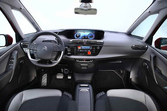 Novo Citroën Grand C4 Picasso 2016 - interior