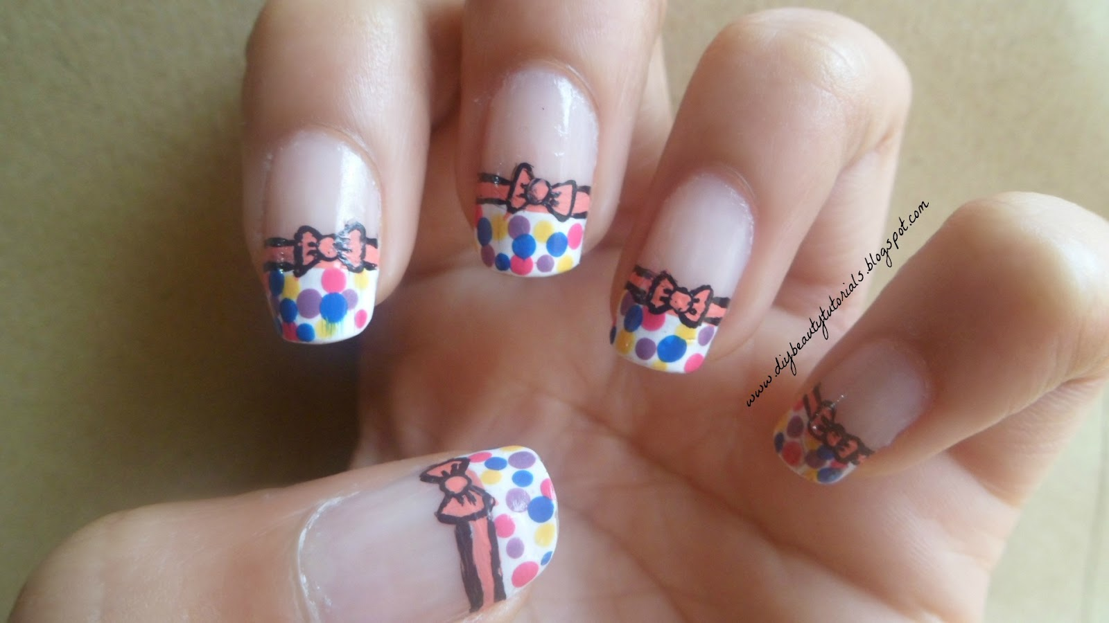 The Amazing Bow nails tutorial Photograph