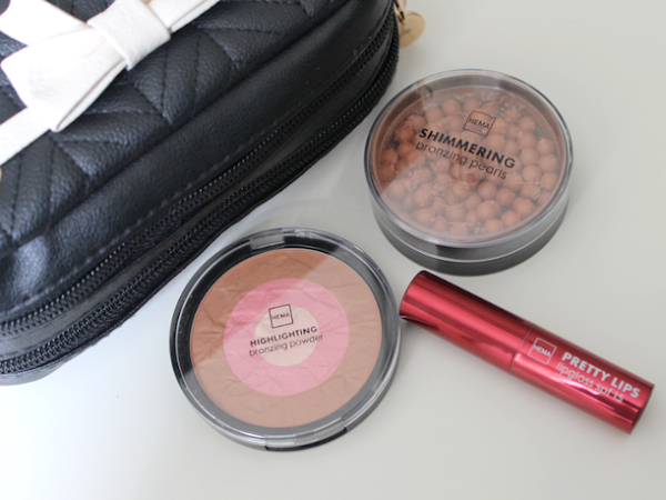 Hema Highlighting Bronzing Powder, Shimmering Bronzing Pearls & Pretty Lips Lipgloss.