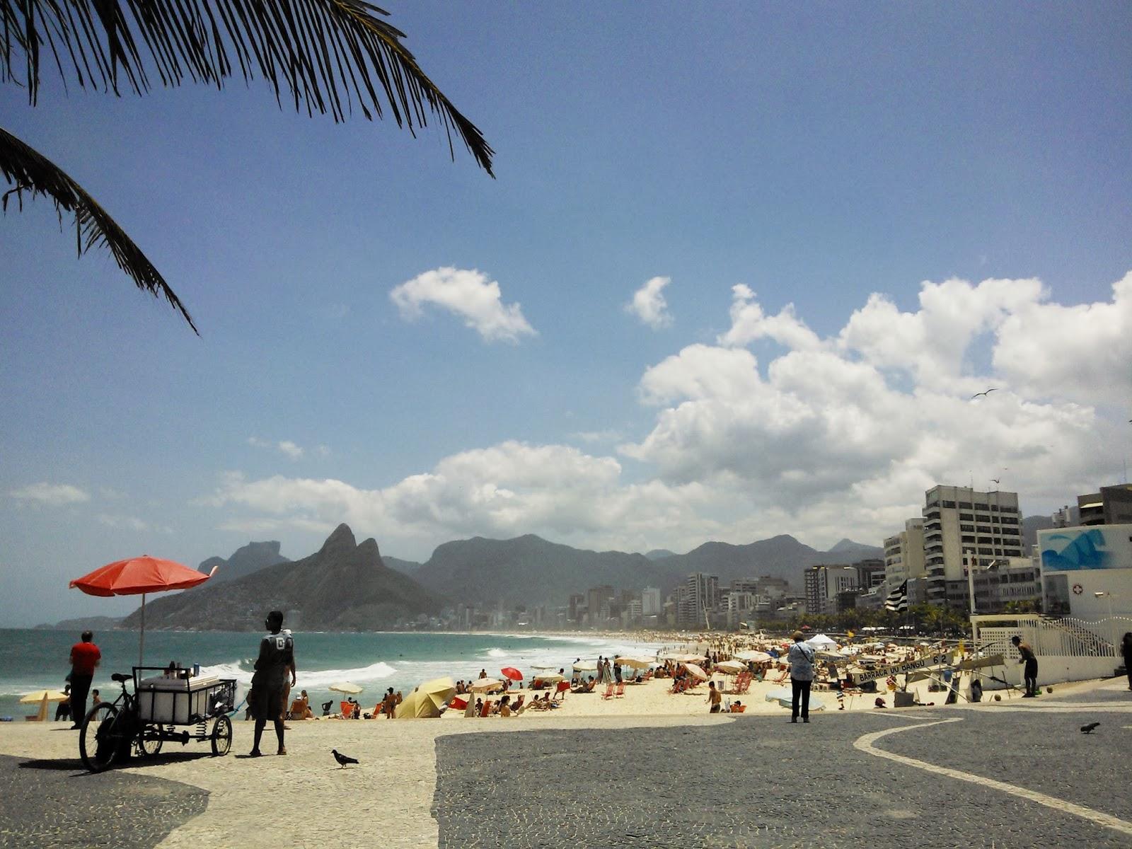 Resultado de imagem para Arpoador e o Rio de Janeiro triste