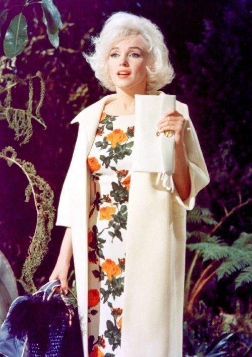 Marilyn Monroe in a floral print dress in her last film