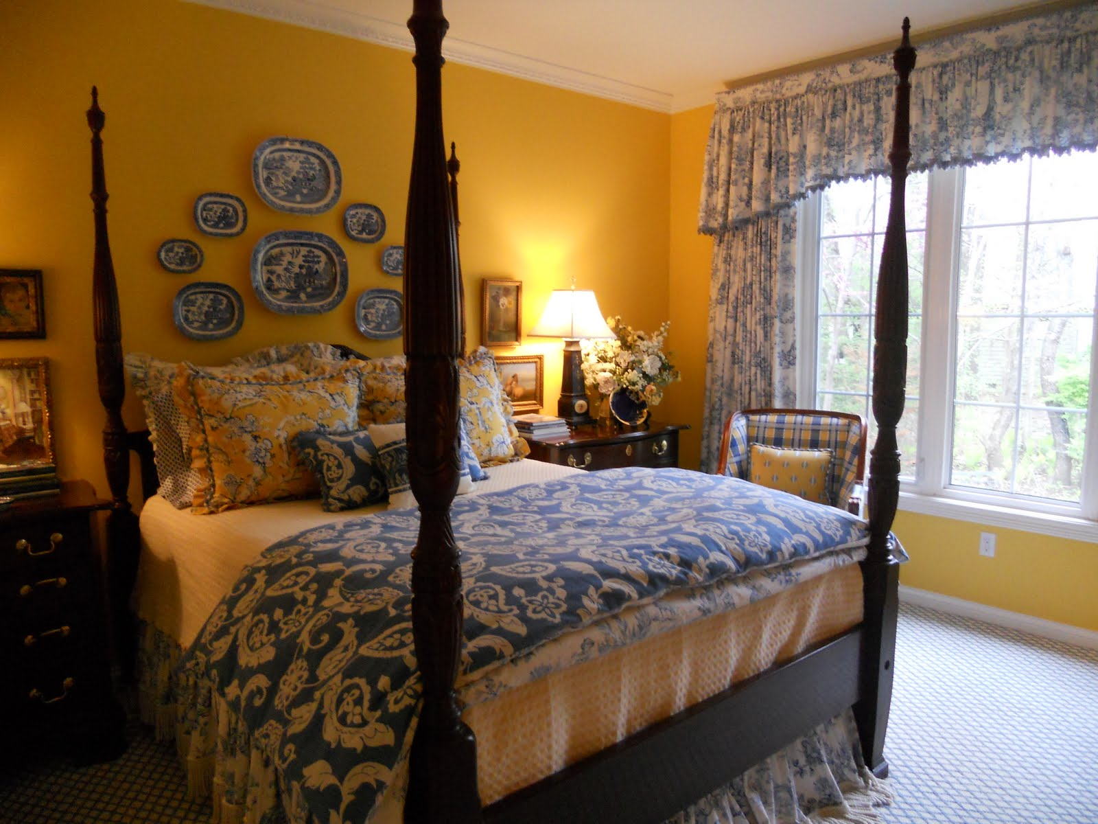 Blue Toile Bedroom Ideas: Interiors Etc. Details: Totally Toile