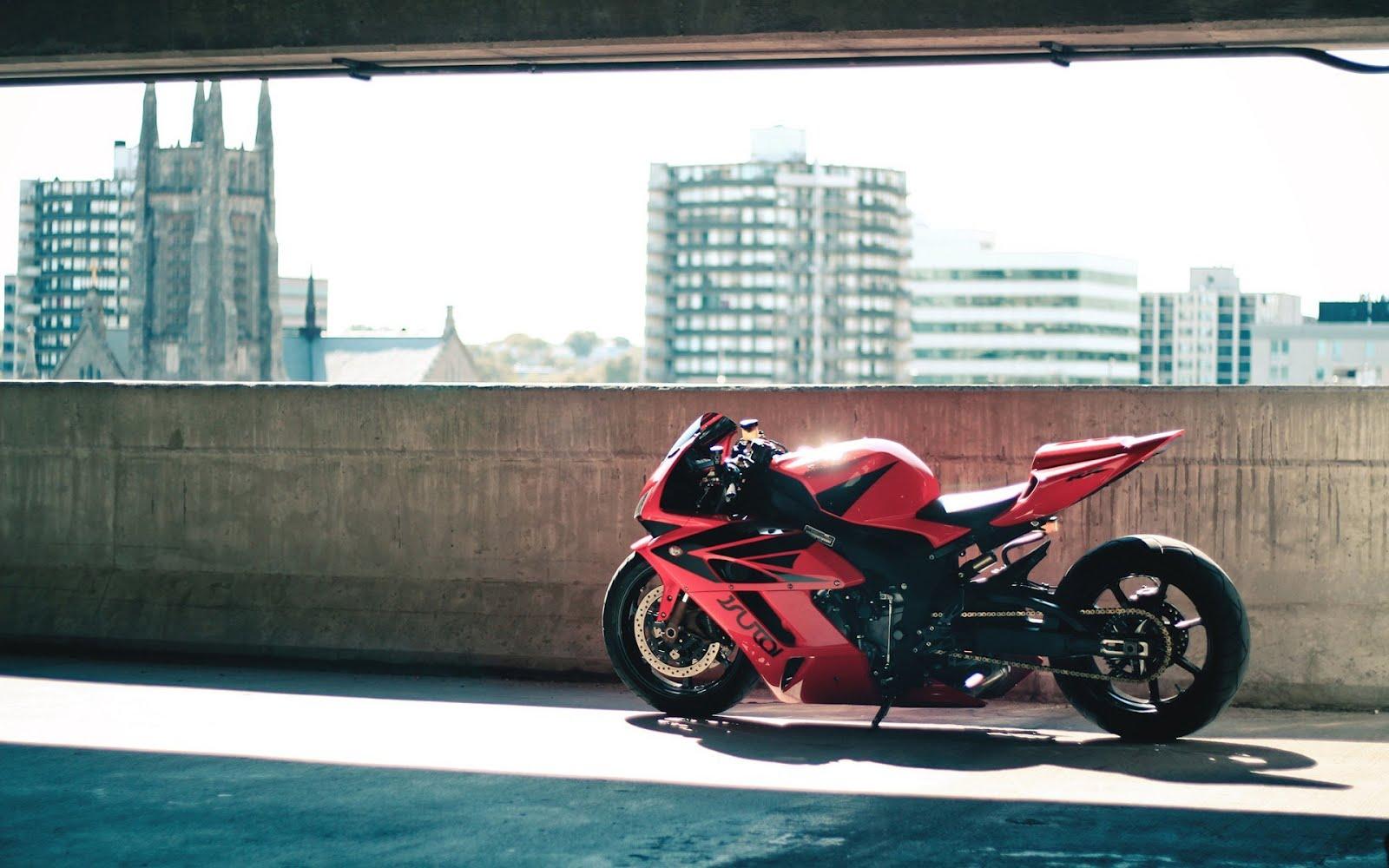Червен мотор в сградата, HD Wallpaper