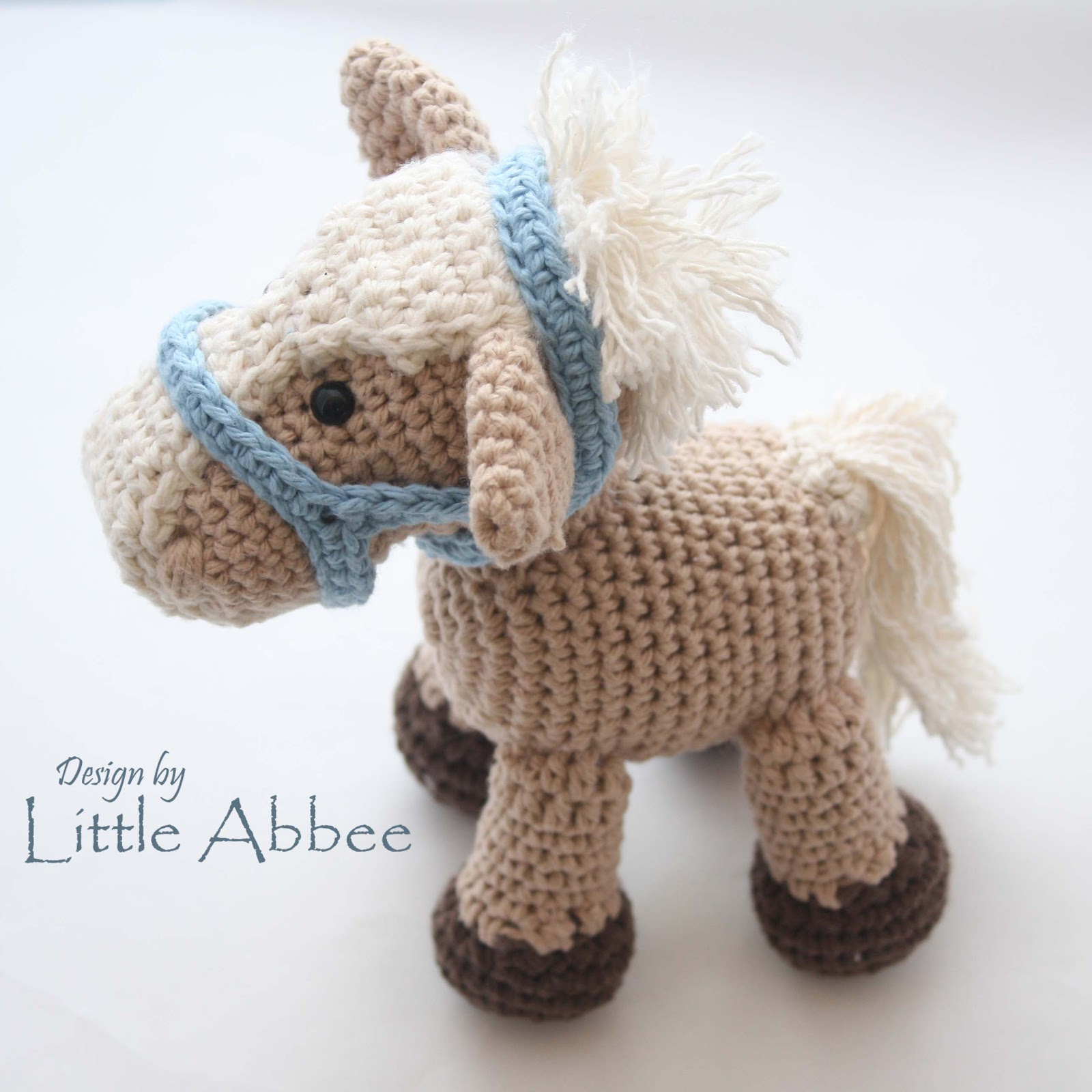 Free Crochet Pattern For Horse : Little Abbee: Alfalfa the Horse