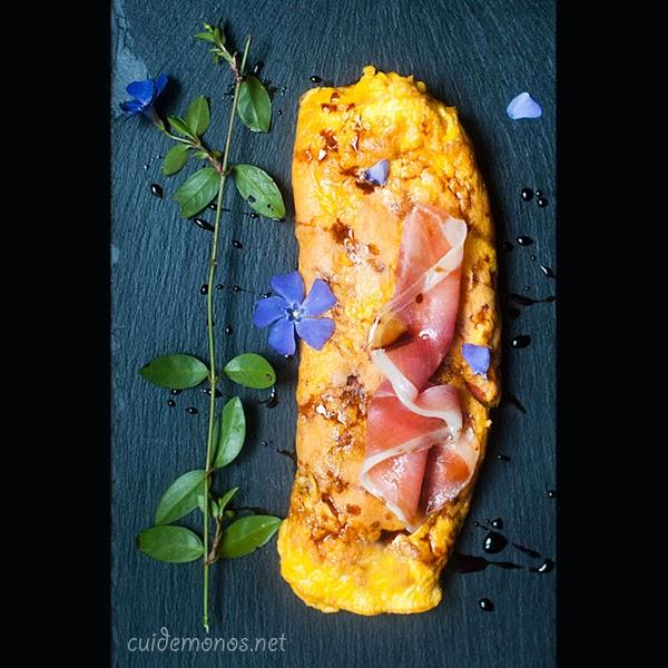 Tortilla trufada con jamón