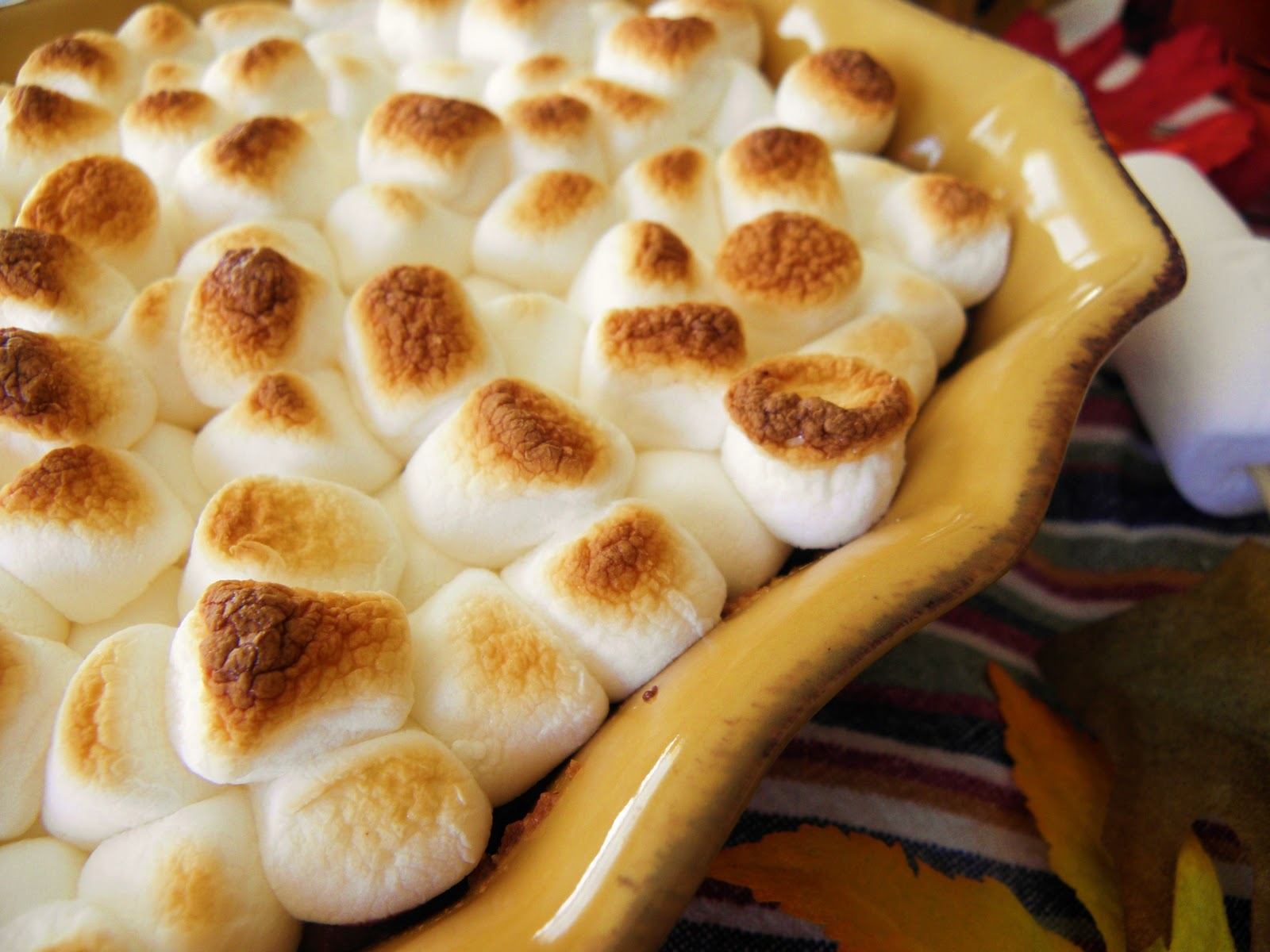 ... Cozy Little Kitchen: Warm and Gooey Toasted Marshmallow S'more Bars