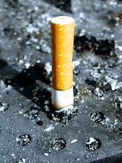 Le lien entre l'exposition à l'amiante et le tabagisme