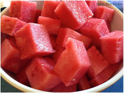 how to cut a small watermelon into cubes