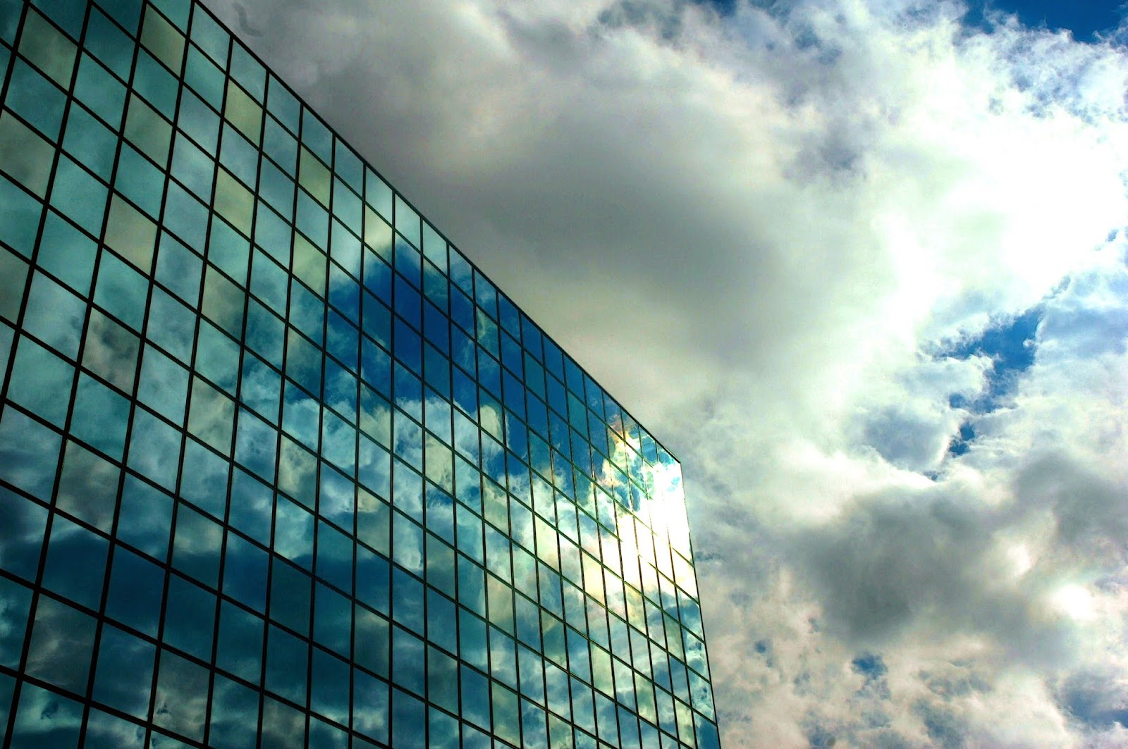 the Hipcrime Vocab The Slow Death of All Glass Buildings